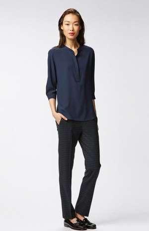 深藏蓝休闲衬衫